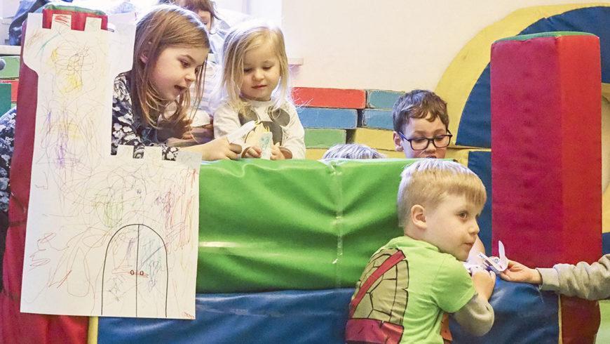 Zajęcia teatralne dla przedszkolaków – dziecko w roli twórcy, a nie odtwórcy